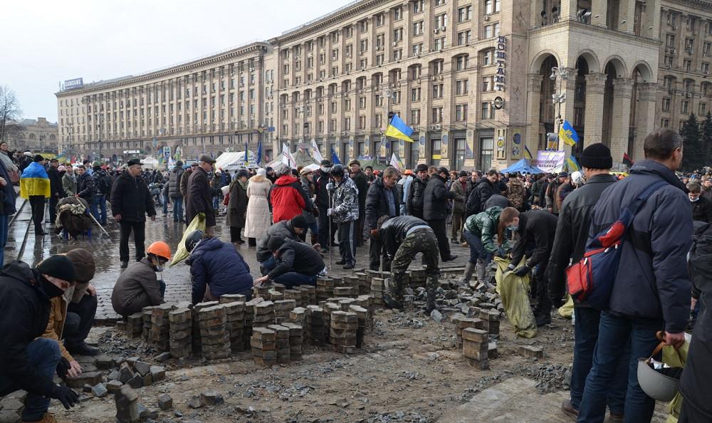 456a464-7-3-brukivka-maydan-avtor-yuriy-kharytonchuk1